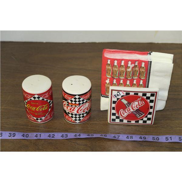 Coca Cola S&P shakers and napkins
