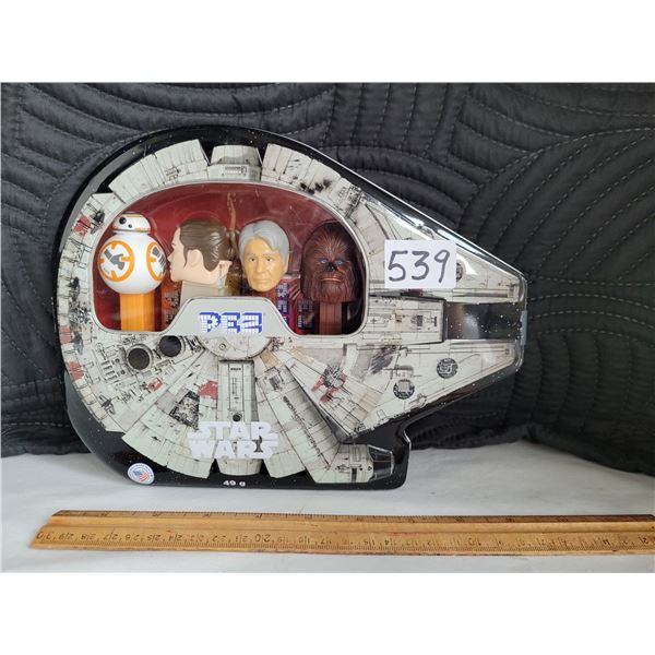 Star Wars Pez Collector tin. Complete with dispensers and candy.