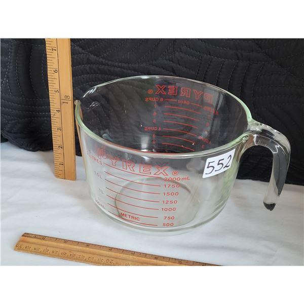 Pyrex large 8 cup pourable measuring cup/ bowl.