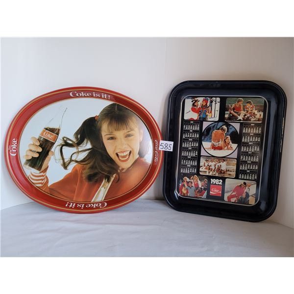 1982 Kim Christmas Canadian edition coke tray, plus 1982 Coke Canadian Litho USA.