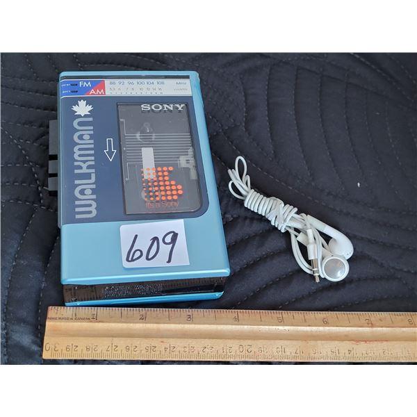 Sony Walkman AM/FM radio/ cassette player. Working.