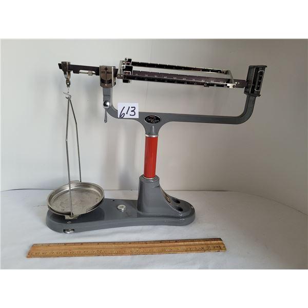 Cent-o-gram triple balance scale. Excellent condition.