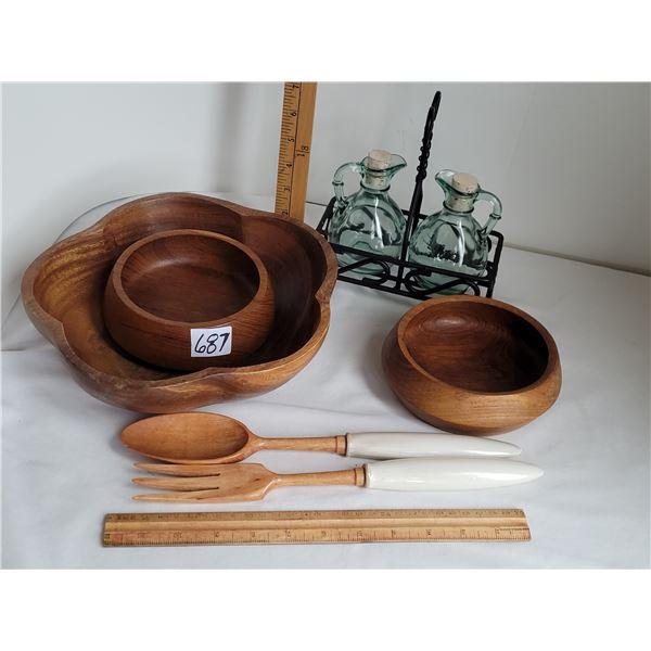 Teak salad bowl, 2 serving bowls, porcelain handle wood fork & spoon ( Japan) Oil & vinegar set, bla