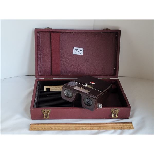 Kodak Kodaslide stereo viewer in a Barnette & Jafee Baja case.