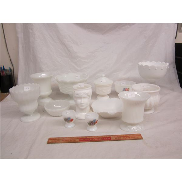 13 Pieces of Vintage of Milk Glass