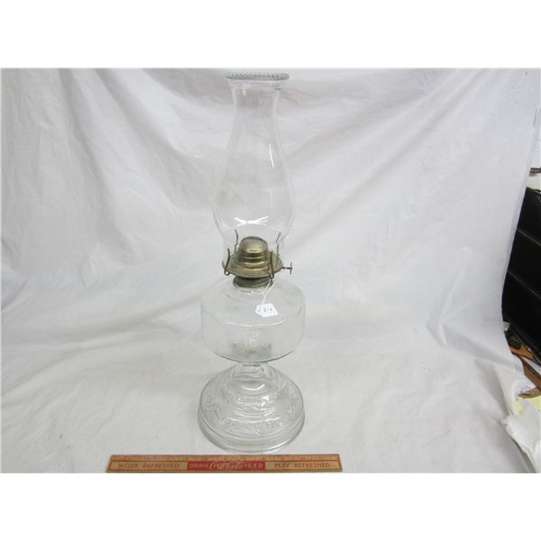 Oil Lamp complete no damage