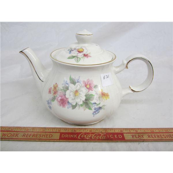 English China Teapot no damage