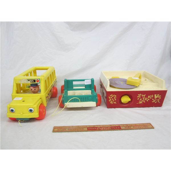 Lot of 3 Vintage Fisher Price Toys Record Player ,pull Truck, pull Bus