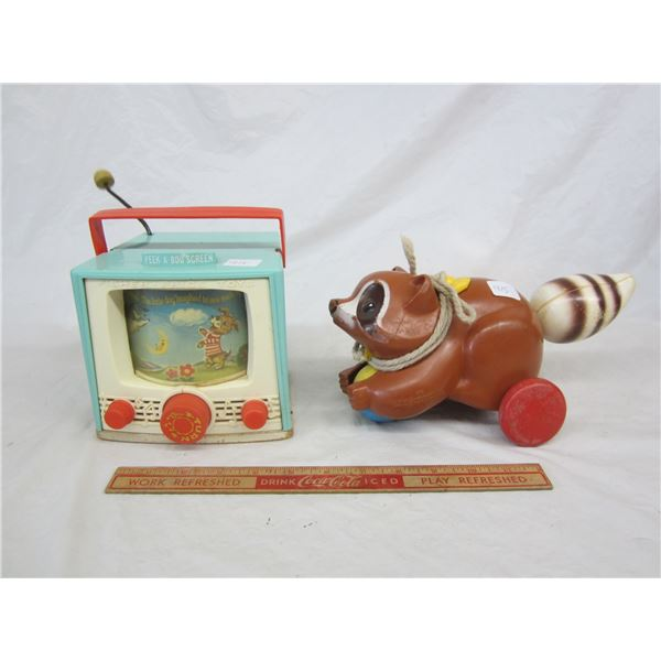 Lot OF 2 Fisher Price Toys Working TV and Racoon pull toy