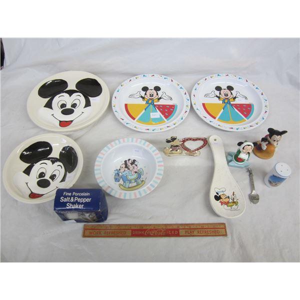 Lot of 12 Disney Souvenirs