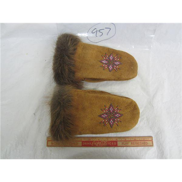 Handmade Native Beaded Gloves