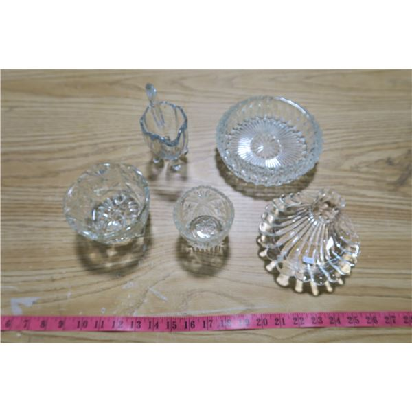Glass Trays X3 and Cups X2