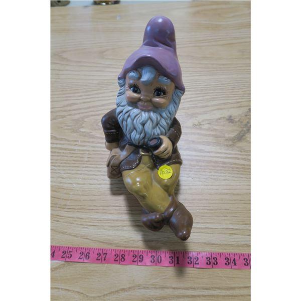 Garden Gnome (Sitting/Repaired)