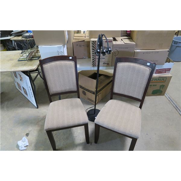 2X Chairs and Lamp