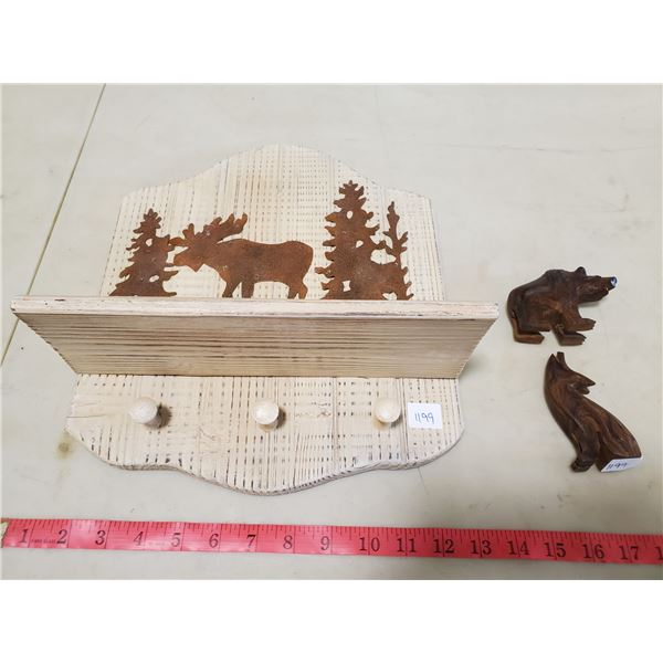 key hanger & 2 wooden animals