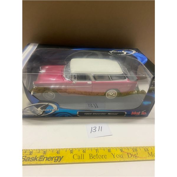 1955 Chevrolet Nomad 1/18 Scale