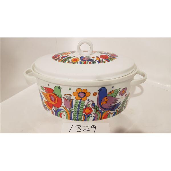 Royal Crown Porcelain Ovenware with Lid - Pigeon Art Deco