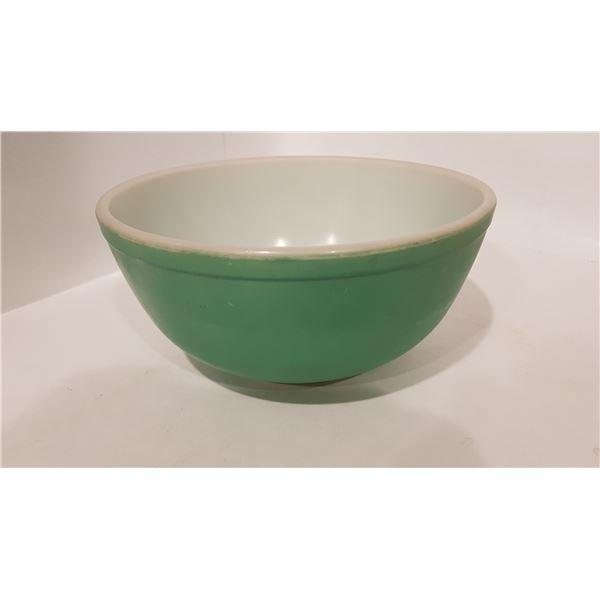 Turquoise Pyrex Bowl 2.2qt