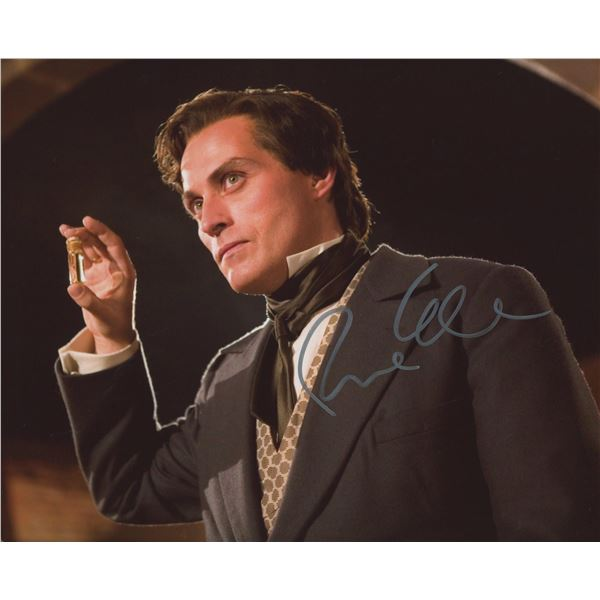 """Rufus Sewell signed """"The Legend of Zorro"""" movie photo"""