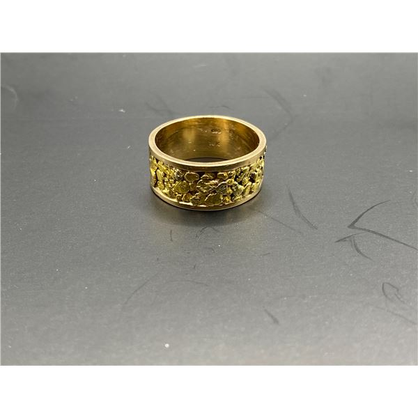 10K RING WITH GOLD NUGGET INLAY