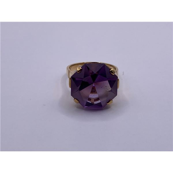 14K RING WITH AMETHYST