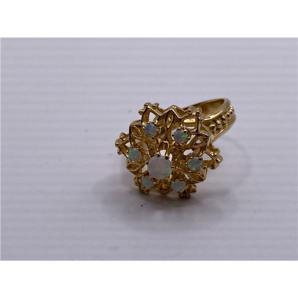 14K RING WITH OPALS