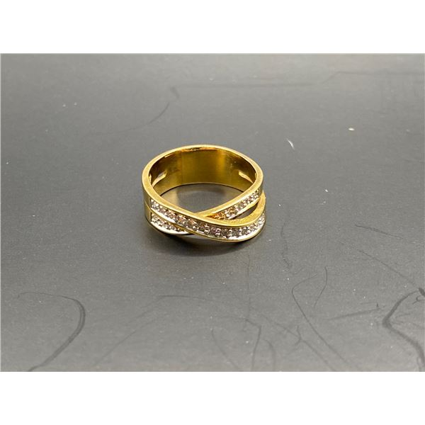 14K CROSSOVER RING WITH DIAMONDS
