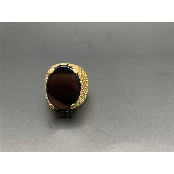 14K RING WITH ONYX