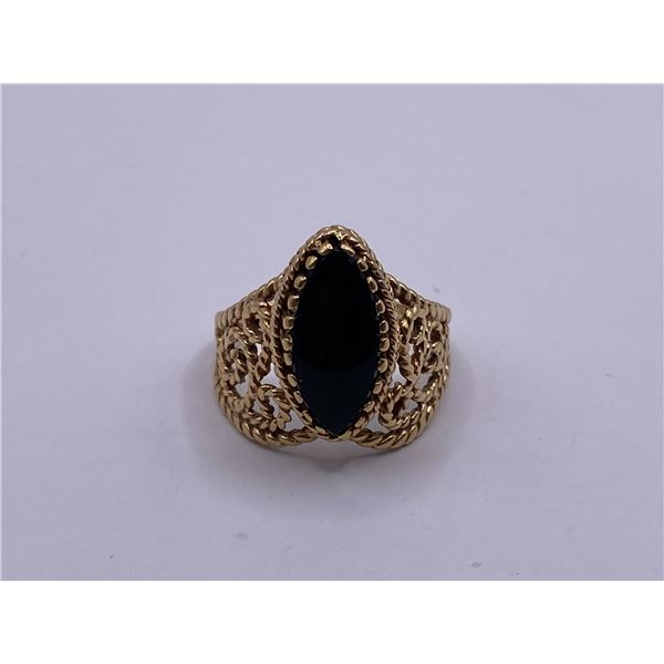 14K ORNATE RING WITH ONYX