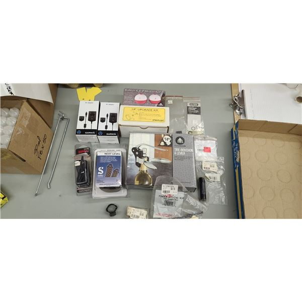 BOSS-CR-223, 22-250, 243 BL AND OTHER MISC ITEMS. PLEASE SEE IMAGES