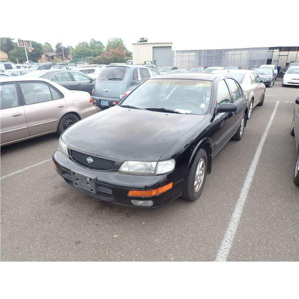 1995 Nissan Maxima