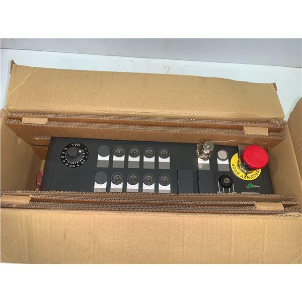 Siemens *NIB* 6FC5203-0AF28-4BG0 Control Panel