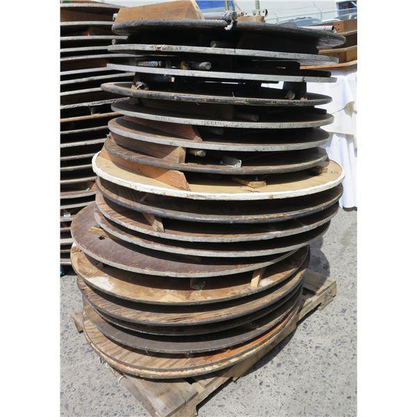 "Qty 18 Wood Round Folding Tables: 7 @ 48"" / 11 @ 42"" Diameter"