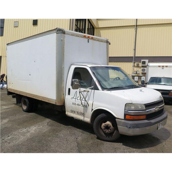 Chevrolet 2003 Dually 15' Cargo Box Truck w/ Lift Gate 10,000 GVW