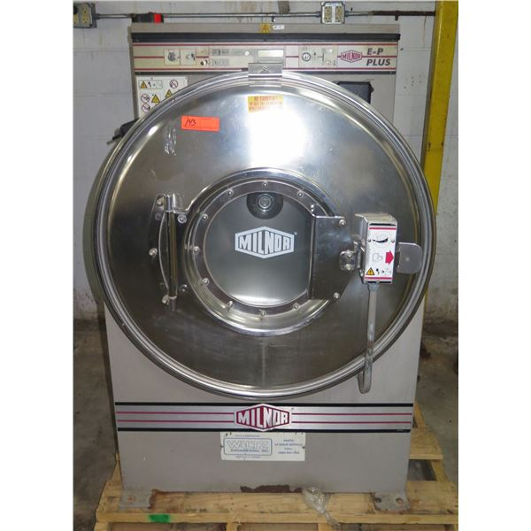Milnor E-P Plus Commercial Front Loading Washer Model 30022M5J