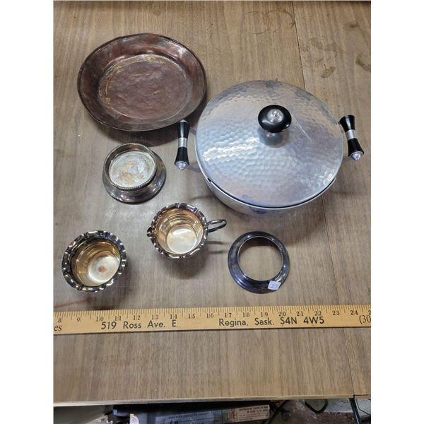 Miscellaneous silver plated dishes
