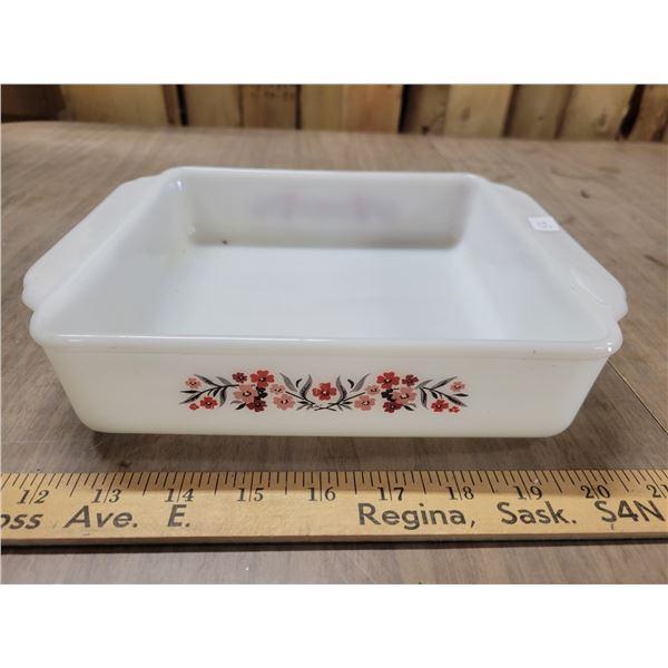 Fireking 427 milk glass primrose flower cake pan