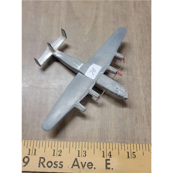 Vintage metal Dinky toy 704
