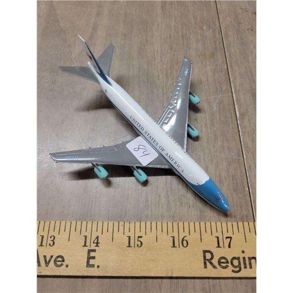 Vintage metal Air Force one 747