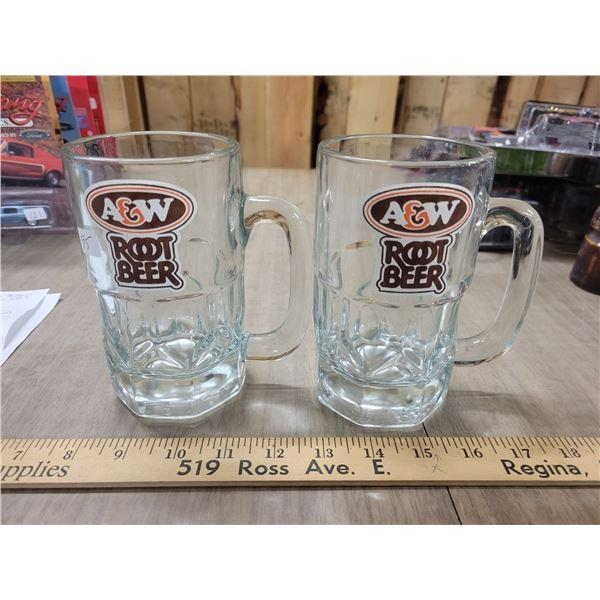 2 vintage large A& W mugs