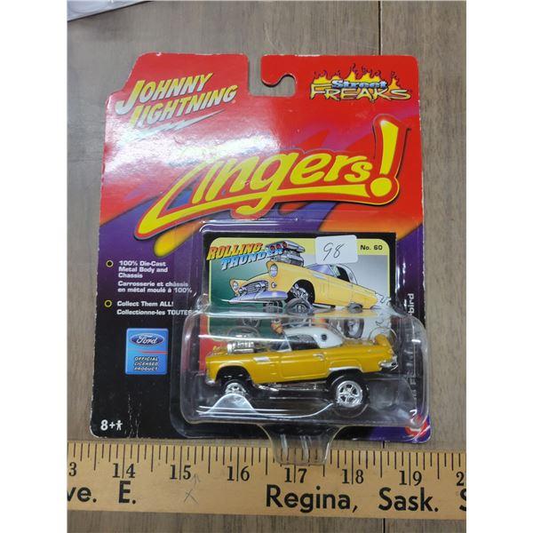 Johnny Lightning '56 Ford T. Bird