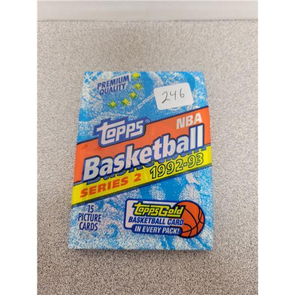 Shaq!!! Unopened 92/93 Topps basketball series 2 Shaq RC 15 cards