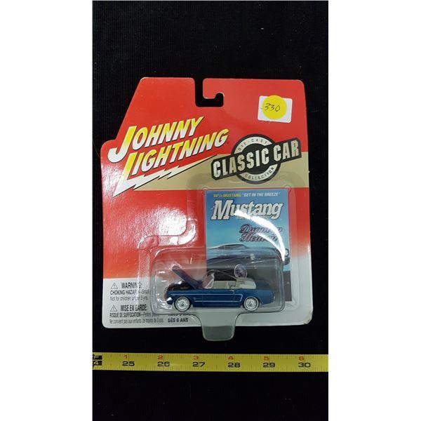 Johnny Lightning Mustang