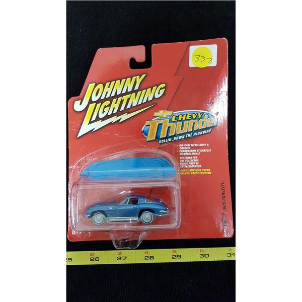 Johnny Lightning 65 Corvette
