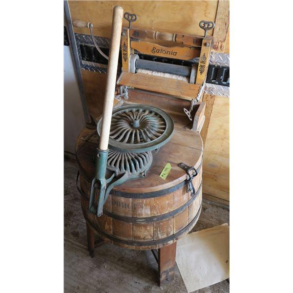 Wooden Washer w/ Wringer