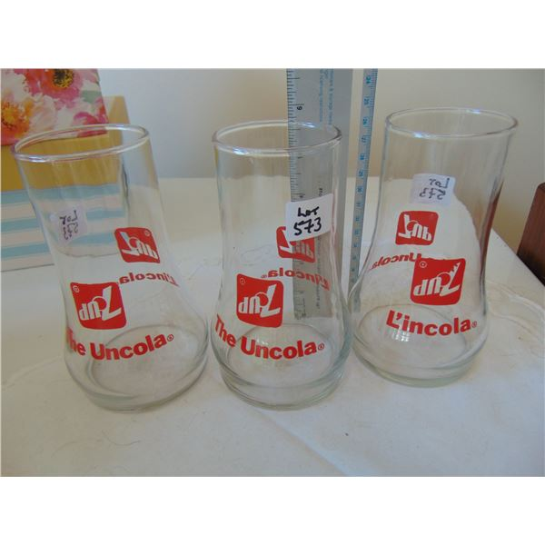 573 3 7UP THE UNCOLA VINTAGE GLASSES