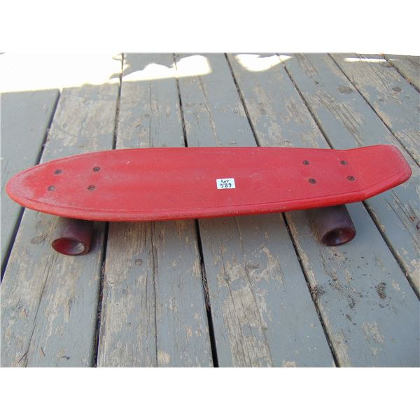 589 VINTAGE 1970'S RED SKAREBOARD WITH RED TRANSPARENT SEMI-OPAQUE WHEELS