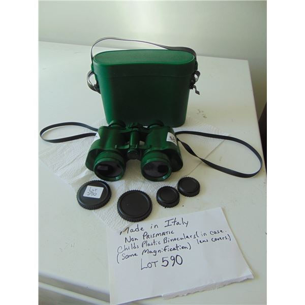 590 VINTAGE MADE IN ITALY CHILDS PLASTIC BINOCULARS WITH CASE