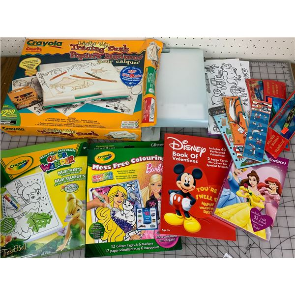 CRAYOLA TRACING DESK AND KIDS ART RELATED