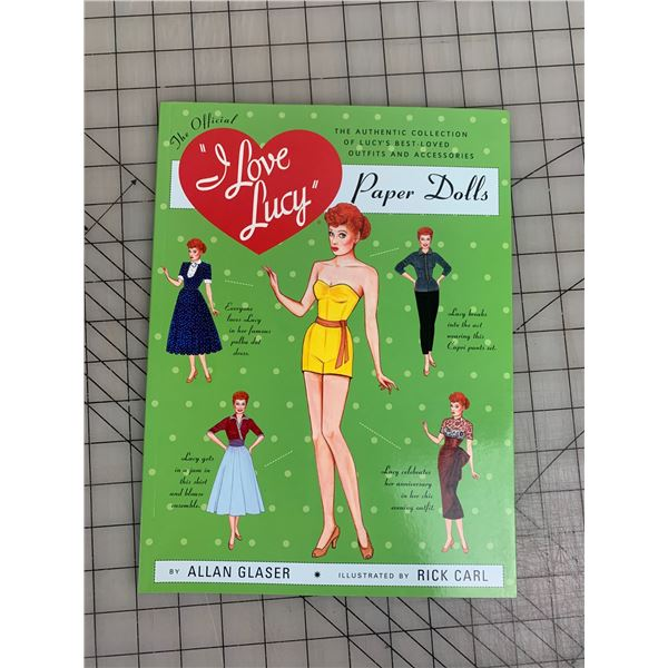 I LOVE LUCY UNUSED PAPER DOLL BOOK